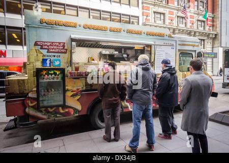 Deli Dogz Food Truck