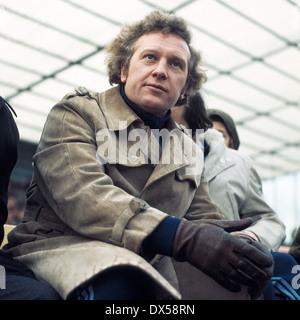 football, Regionalliga West, 1973/1974, Lohrheide Stadium, SG Wattenscheid 09 versus Sportfreunde Siegen 4:2, coach - Stock Photo