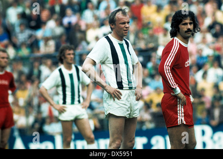football, Bundesliga, 1973/1974, Stadium am Boekelberg, Borussia Moenchengladbach versus FC Bayern Munich 5:0, scene - Stock Photo