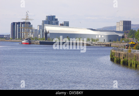 Partick waterfront and Riverside Museum in Glasgow, Scotland - Stock Photo