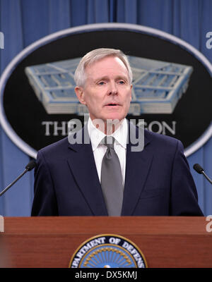 Washington, USA. 18th Mar, 2014. U.S. Navy Secretary Ray Mabus makes brief remarks concerning security improvement - Stock Photo