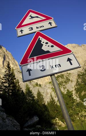 Europe, Italy, Italian Dolomites, Trento & Bolzano Provinces, Sella Pass & Road Sign - Stock Photo