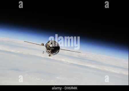 The Soyuz TMA-10M spacecraft approaches the International Space Station 10:45 p.m. EDT on Sept. 25, 2013. - Stock Photo