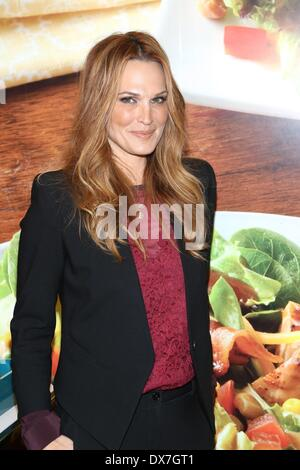 New York, NY, USA. 19th Mar, 2014. at arrivals for Wendy's New Salad Collection Launch Event, 714 Third Avenue, - Stock Photo