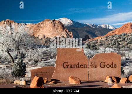 Entry sign at Garden of the Gods park, Colorado Springs, Colorado, USA on a frosty winter day - Stock Photo