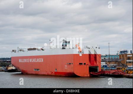 Wallenius Wilhelmsen ship Tomar, a vehicle transporter at Southampton Docks, England. - Stock Photo