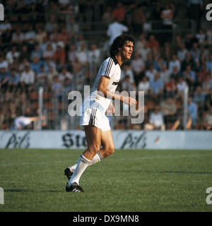 football, Bundesliga, 1980/1981, Ruhr Stadium, VfL Bochum versus Eintracht Frankfurt 2:0, scene of the match, Bruno - Stock Photo