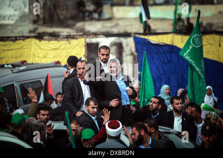 Gaza, Palestinian Territories. 23rd Mar, 2014. Ismail Haniyeh, prime minister of the Hamas Gaza government, talks - Stock Photo