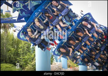 Jedward John Grimes and Edward Grimes ride Manta at SeaWorld, Orlando JEDWARD FILM CHRISTMAS SPECIAL IN FLORIDA - Stock Photo