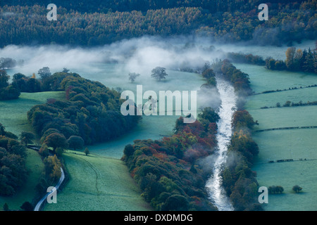 Autumn colours and mist in the Dee Valley (Dyffryn Dyfrdwy) near Llangollen, Denbighshire, Wales - Stock Photo