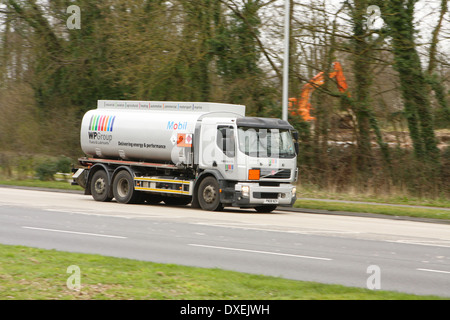A truck traveling along the A23 road in Coulsdon, Surrey, England - Stock Photo