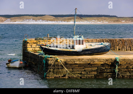 Castletown Harbor near Dunnet Head in northern Scotland. UK. Dunnet Head is the most northerly point on the British - Stock Photo