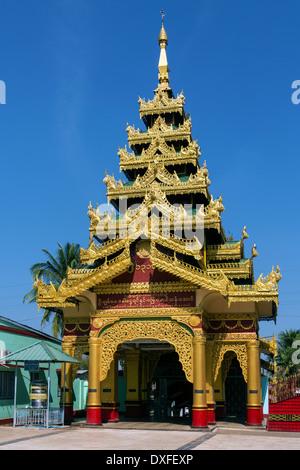 Buddhist temple at Shwemawdaw Paya in Bago, Myanmar (Burma). - Stock Photo