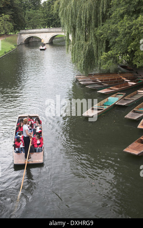 A school group of students in a punt boat on the River Cam, Cambridge, England - Stock Photo