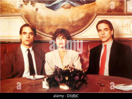 DEAD RINGERS (CAN/US 1988) MORGAN CREEK PRODUCTIONS JEREMY I - Stock Photo