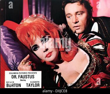 DOCTOR FAUSTUS (BR1967) Richard Burton as Doctor Faustus Eli - Stock Photo