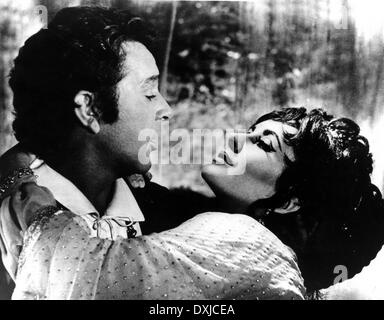 DOCTOR FAUSTUS (BR1967) Richard Burton as Doctor Faustus Eli - Stock Photo