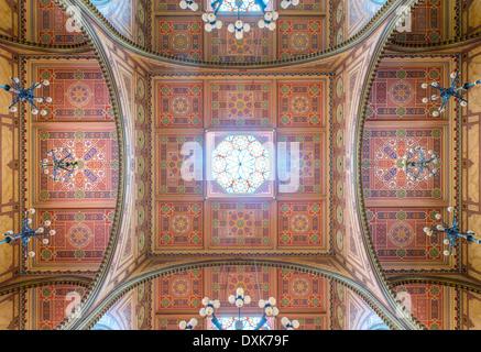 Ornate ceiling of Dohany Street Synagogue, Budapest, Hungary - Stock Photo