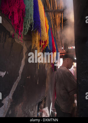 Marrakesch, Morocco. 10th Nov, 2013. Dyed colorful wool hanging in the Medina in Marrakesch, Morrocco © David H. - Stock Photo