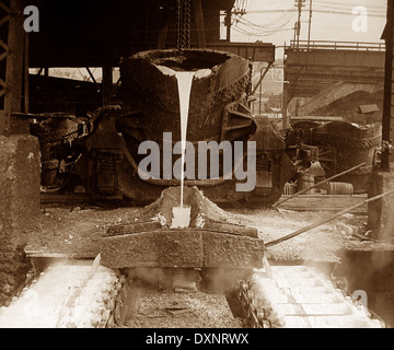 Pig iron machine at steelworks Pittsburg Pennsylvania USA early 1900s - Stock Photo