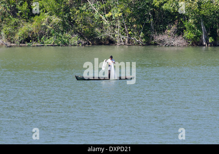 Guatemala, Department of Izabal, Rio Dulce (Sweet Water River) near Livingston. Traditional fishermen in wooden - Stock Photo