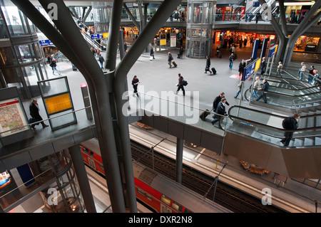 Germany, Berlin, the new Berlin, Hauptbahnhof (Berliner Hauptbahnhof) train station. Berlin Hauptbahnhof ('Berlin - Stock Photo