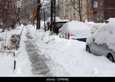 New York City in the snow, February 2014. Very cold snowy winter. USA - Stock Photo