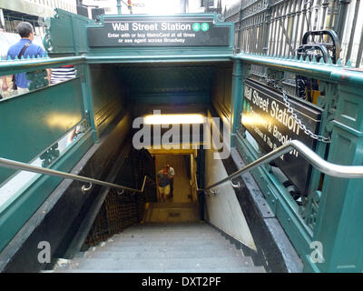 New York, USA. 20th Aug, 2014. (FILE) - An archive picture, dated 20 August 2014, shows a view of the entrance to - Stock Photo