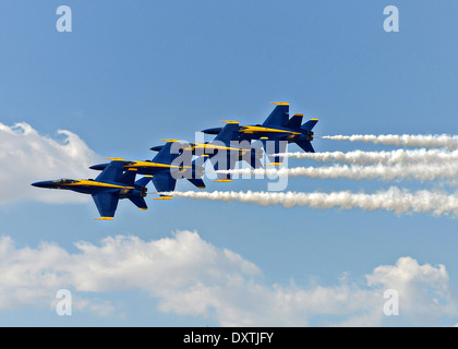 US Navy flight demonstration squadron, the Blue Angels, perform the Double Farvel during the Los Angeles County - Stock Photo