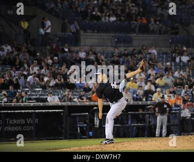 Tampa, Florida, USA. 28th Mar, 2014. Masahiro Tanaka (Yankees) MLB : Masahiro Tanaka of the New York Yankees pitches - Stock Photo