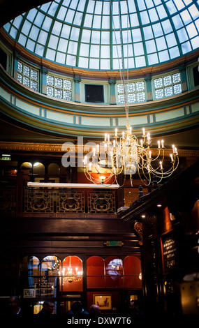 Counting House pub in City of London, a former banking hall - Stock Photo