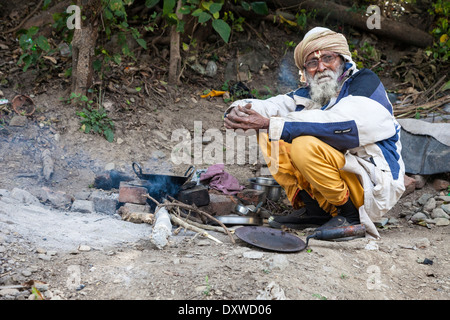 India, Dehradun. Tapkeshwar Hindu Temple. Sadhu, a Hindu Ascetic. Trident on his forehead shows he is a devotee - Stock Photo