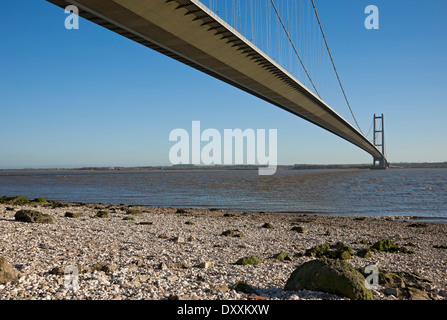 Humber Bridge single span suspension bridge connecting East Yorkshire and North Lincolnshire near Hull East Yorkshire - Stock Photo