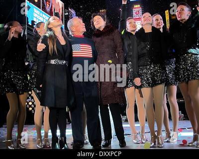 Georgina Bloomberg New York City Mayor Michael Bloomberg Diana Taylor and The Rockettes New Year's Rockin' Eve 2013 - Stock Photo