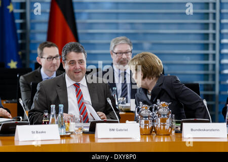 Berlin, Germany. 1st Apr, 2014. Meeting Chancellor Merkel with Minister Presidents of the countries to the amendment - Stock Photo