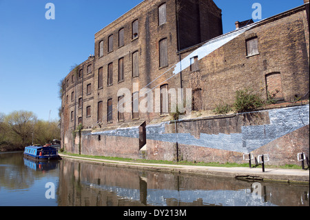 Fish and Coal Offices facing Regents Canal, Granary Square, Kings Cross, Camden, London, England, UK - Stock Photo