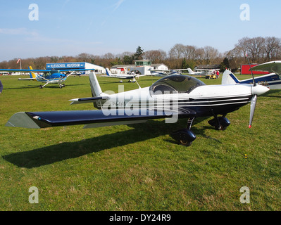 PH-4K6, Czech AC Wor, CH 601 XL at Hilversum Airport (ICAO EHHV), photo3 - Stock Photo