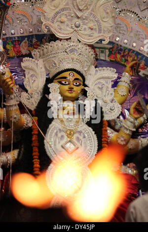 Bangali Akhara, Machuatoli, Patna, Bihar, India, 06th April 2014. Biharis celebrate Basaniti puja. The spring festival - Stock Photo