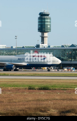 British Airways commercial jet taxiing at Vancouver International Airport. - Stock Photo