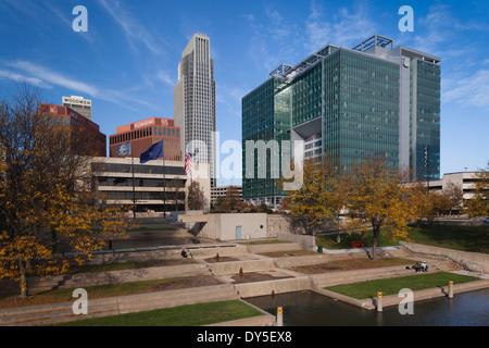 USA, Nebraska, Omaha, Gene Leahy Mall, skyline - Stock Photo