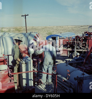 File:Gulf Oil Corporation, Waddell Gasoline Plant, West Texas ...