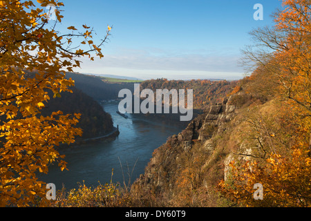 View from Rheinsteig hiking trail over the Spitznack rock to the Loreley, near St Goarshausen, Rhine river, Rhineland - Stock Photo
