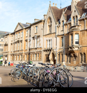 Bicycles in Broad Street, Oxford City centre, Oxfordshire, UK. - Stock Photo