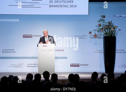 Berlin, Germany. 09th Apr, 2014. German President Joachim Gauck delivers the opening speech for the 20th German - Stock Photo