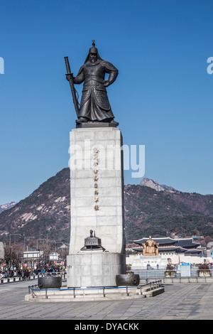 World Heritage, Korea, Asia, Seoul, admiral, Yi Sun Shin, architecture, bronze, city, history, statue, touristic, - Stock Photo