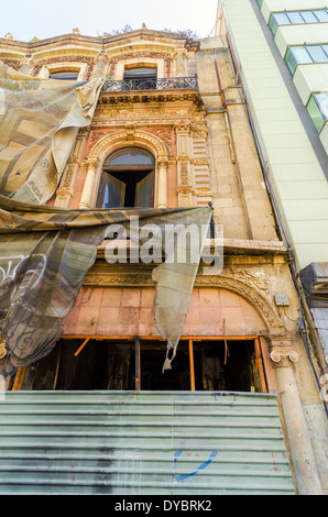 Old building undergoing restoration in Mexico City - Stock Photo
