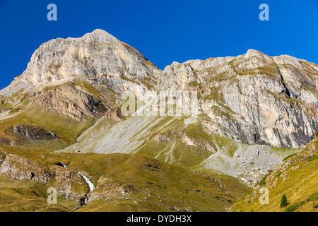 Valle de Ordiso in the National Park of Ordesa and Monte Perdido. - Stock Photo