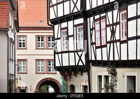 Sangerhausen, Germany. 09th Apr, 2014. A half-timbered house is seen on the Kornmarkt market square in Sangerhausen, - Stock Photo