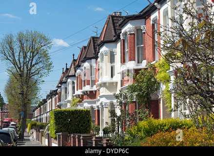 19th century terraced houses with bay frontages in twickenham, middlesex, england - Stock Photo