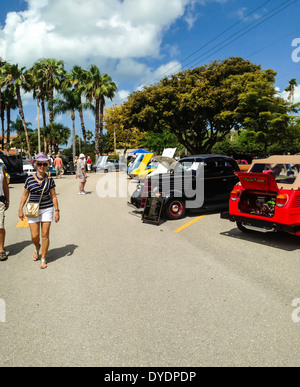 People Enjoying A Sunday Classic Car Show In Venice Florida Stock - Car show venice florida